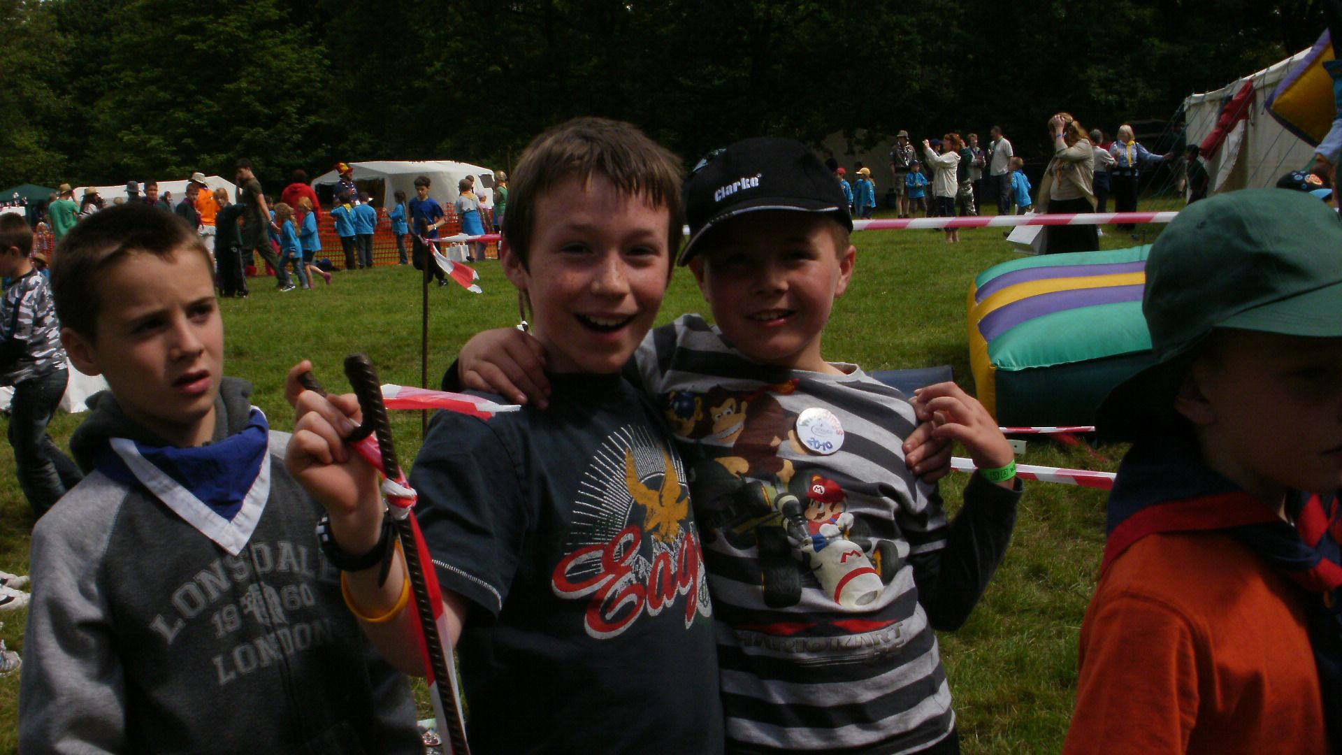 """scouting at a young age What scout age is too young for citizenship in the community i have a couple """"younger scouts"""" who would like to begin the badge but they are only 7th graders and second class is it my call or do you have a certain criteria."""